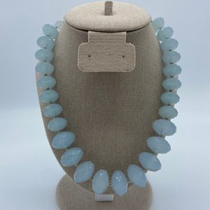 STATEMENT Blue beaded necklace